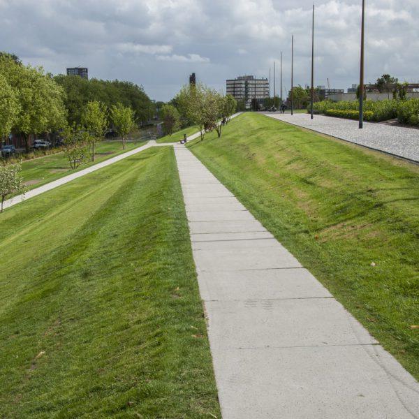 buro-sant-en-co-landschapsarchitectuur-dakpark-rotterdam-ontwerp-talud-paden