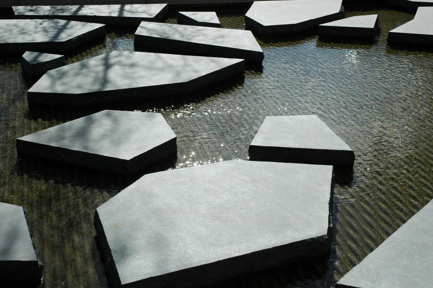 buro-sant-en-co-landschapsarchitectuur-roombeek-enschede-roomweg-beek-stenen-detail
