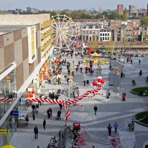 buro-sant-en-co-landschapsarchitectuur-eemplein-amersfoort-centrumplein-plein-stadsplein-evenementen-groendak-parkeergarage-ontwerp-opening